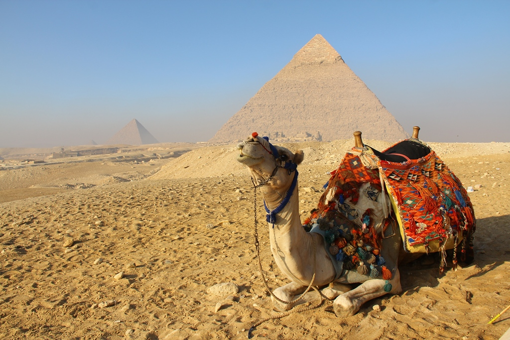 på huvudet i kairo